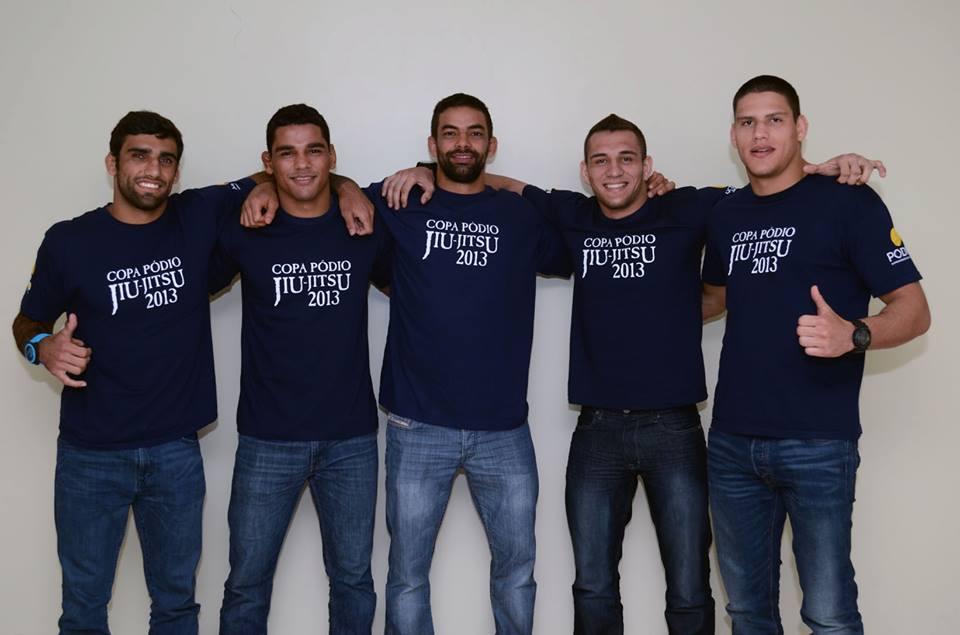 From L to R: Leandro Lo, Jaime Canuto, Yan Cabral, Renato Cardoso, Felipe Preguica