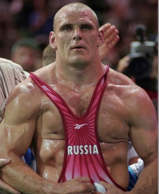 Risultati immagini per big russian freestyle wrestler