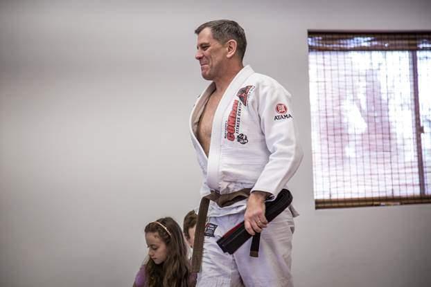 3-star US Army General Promoted To BJJ Black Belt
