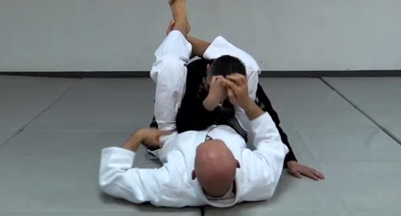 A High-Percentage Triangle Choke from Half Guard