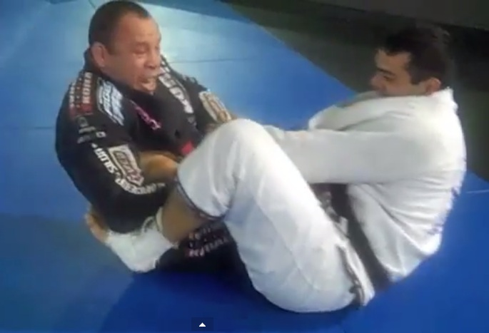 Watch BJJ Black Belt Wanderlei Silva Rolling In The GI