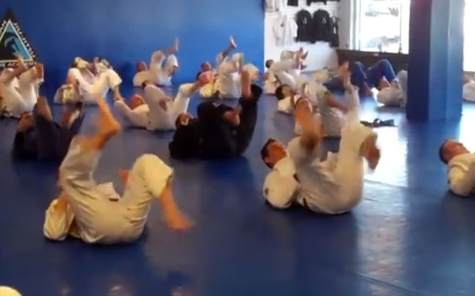 Most Common BJJ Warmup: A Huge Risk For Knee Injury