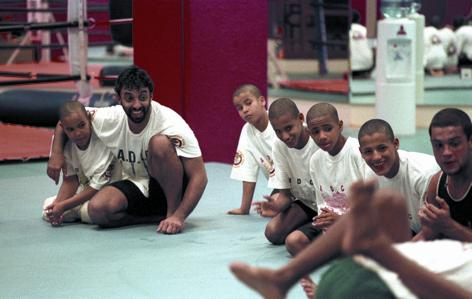 Sheikh Tahnoon training with his students (a young Faisal Al Ketbi next to him) and Ryan Gracie