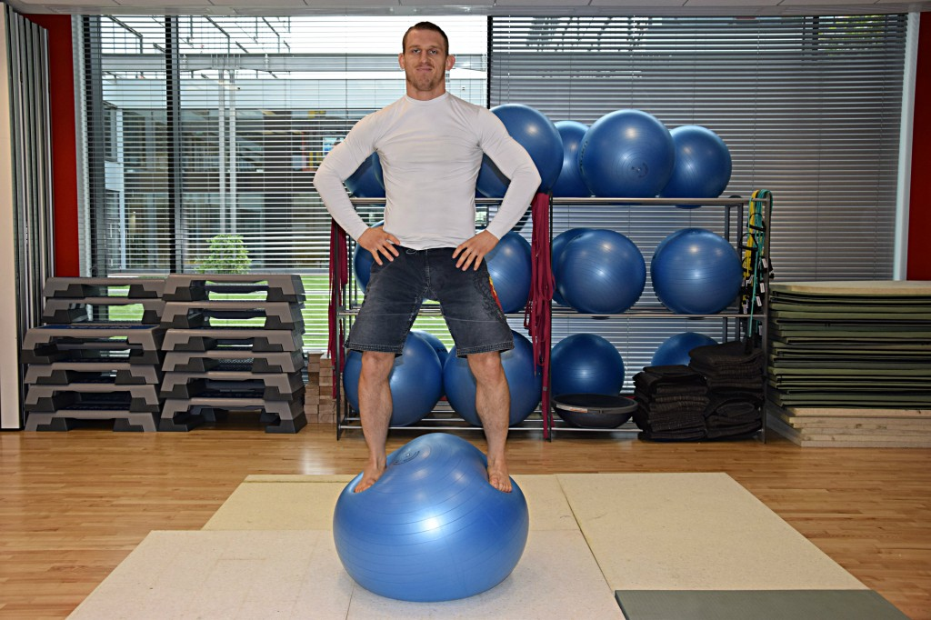 A Step by Step Guide to Swissball Core Training