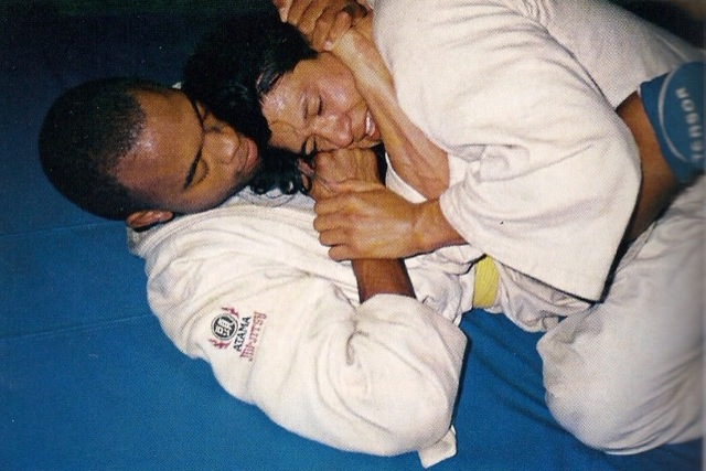 Anderson Silva doing Jiu-Jitsu in the 90's