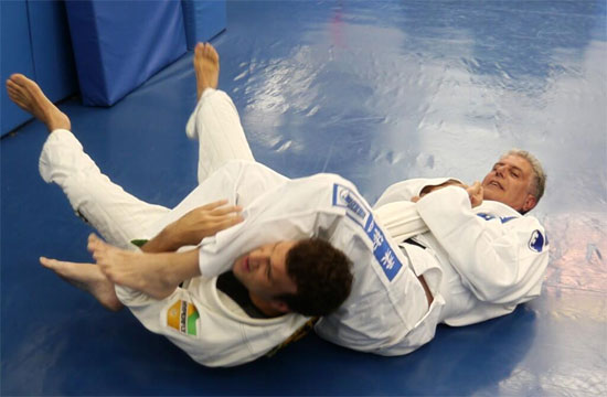 TV Anthony Bourdain on his Passion for Jiu-Jitsu: 'I'm in the Best Shape in my Life'