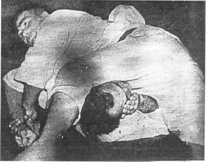 Helio Gracie caught by Masahiko Kimura