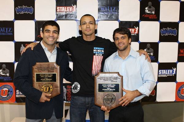 BJJ Mental Coach Gustavo Dantas is always surrounded by BJJ legends Vitor Shaolin Ribeiro and Robson Moura.