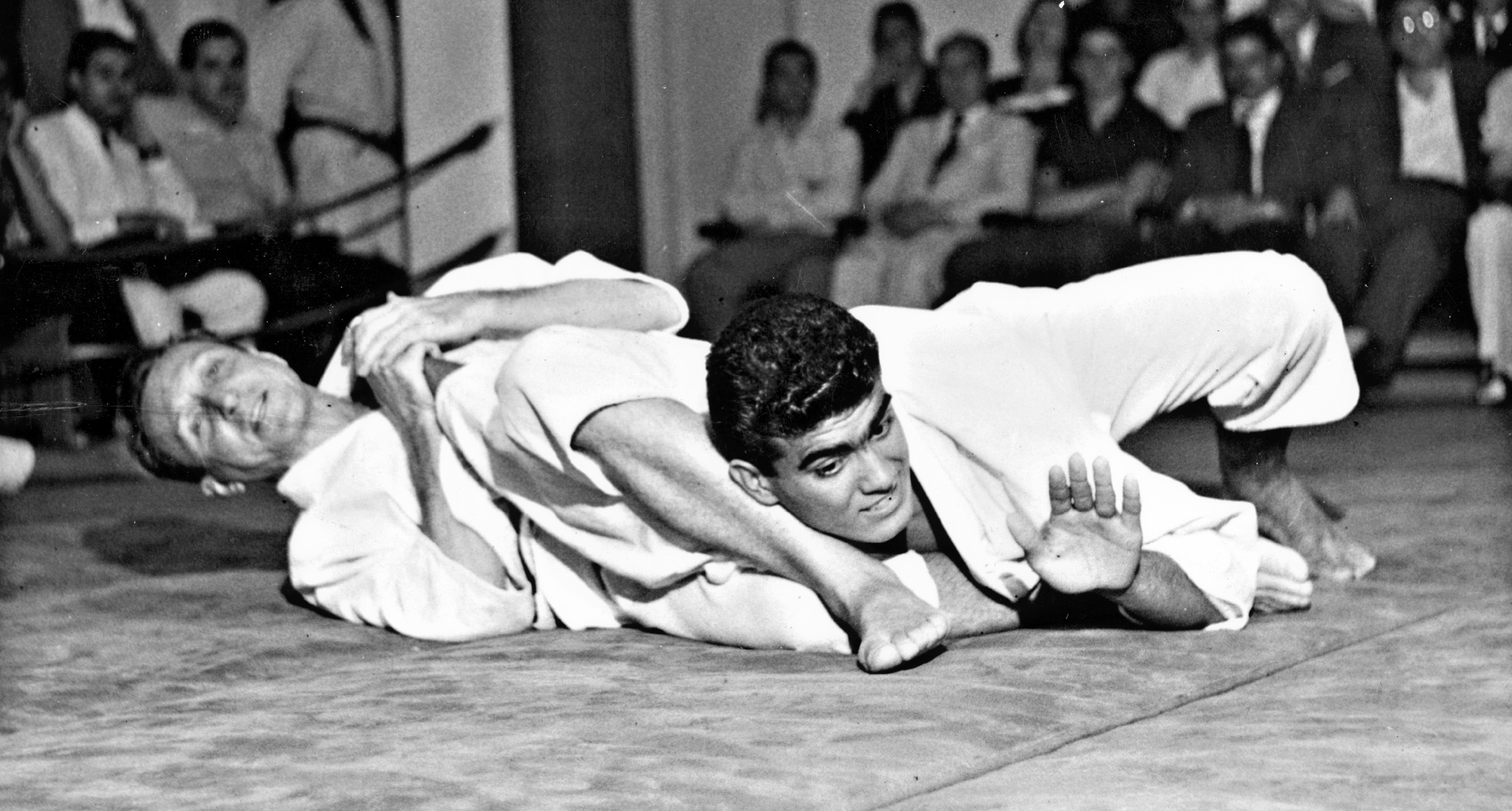 Grandmaster Carlos Gracie's 12 Commandments of Jiu-Jitsu
