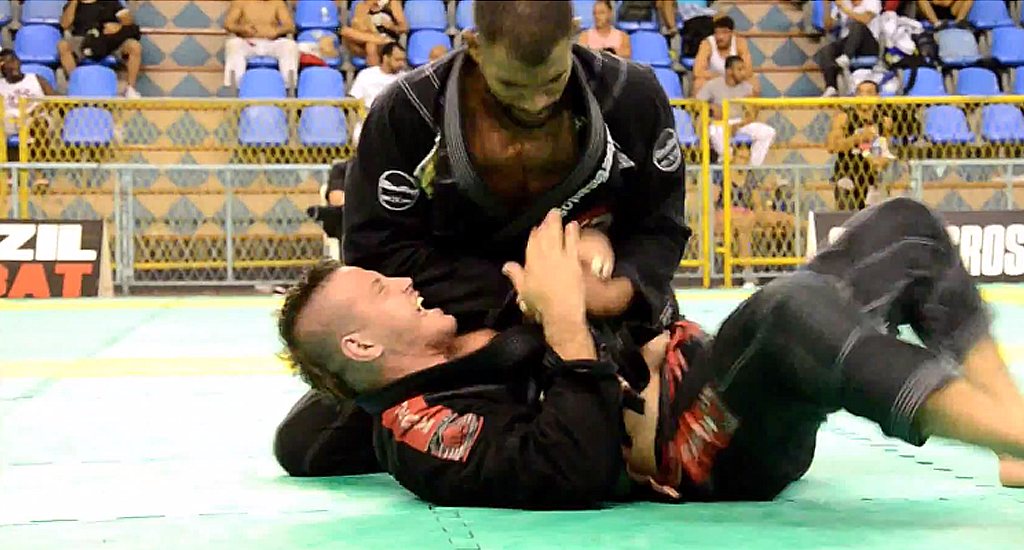 Erberth Santos Involved in Massive Brawl at Competition, DQ'd, Woman Kicked in Face