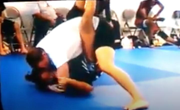 14yr Old Teen Girl Submits 25yr Old Man In Brazilian Jiu-Jitsu Tournament
