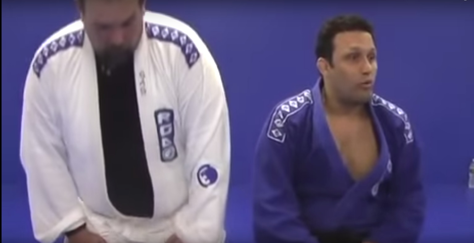 Renzo Gracie: How to Finish a Triangle Choke on a Much Larger Opponent
