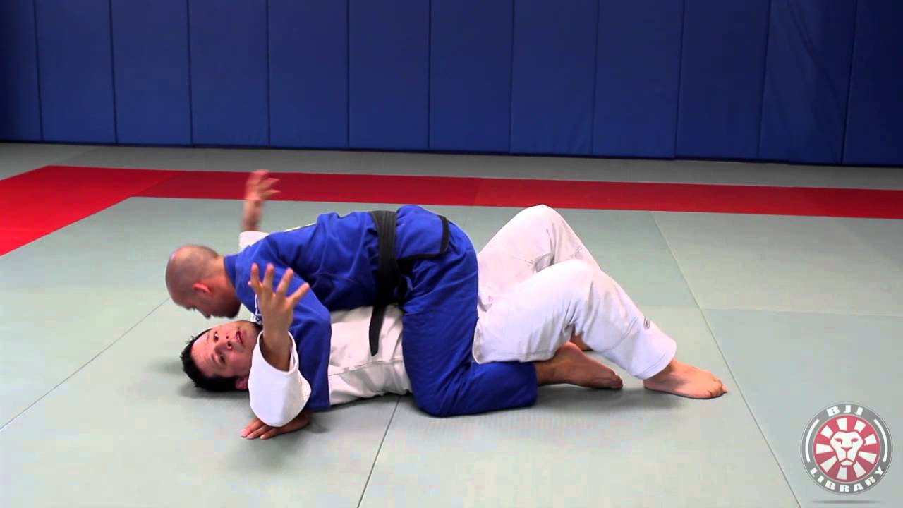 5 Basic Escapes From The Mount In Brazilian Jiu-Jitsu