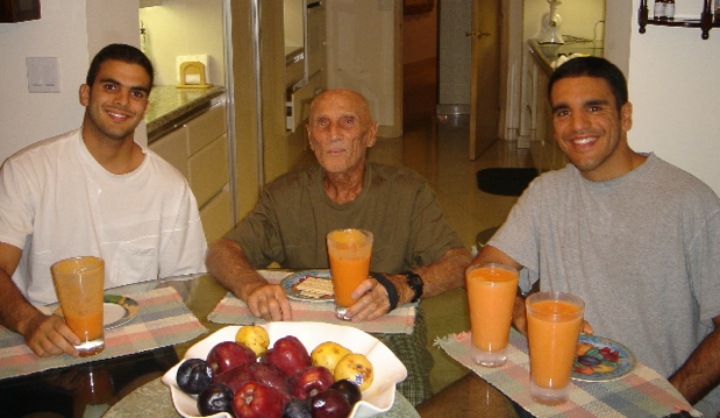 Helio Gracie Was a Vegetarian. Didn't Eat Meat for 69 Years