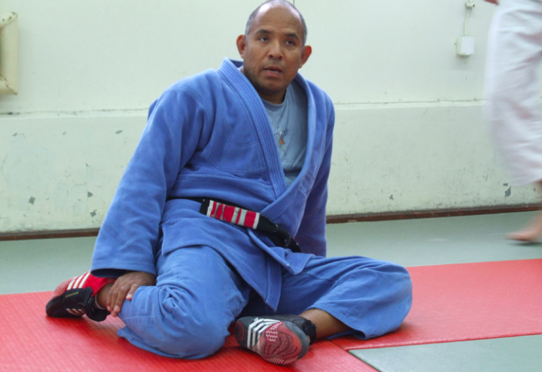 Roy Harris Promotes Online BJJ Students By Email Up To Brown Belt