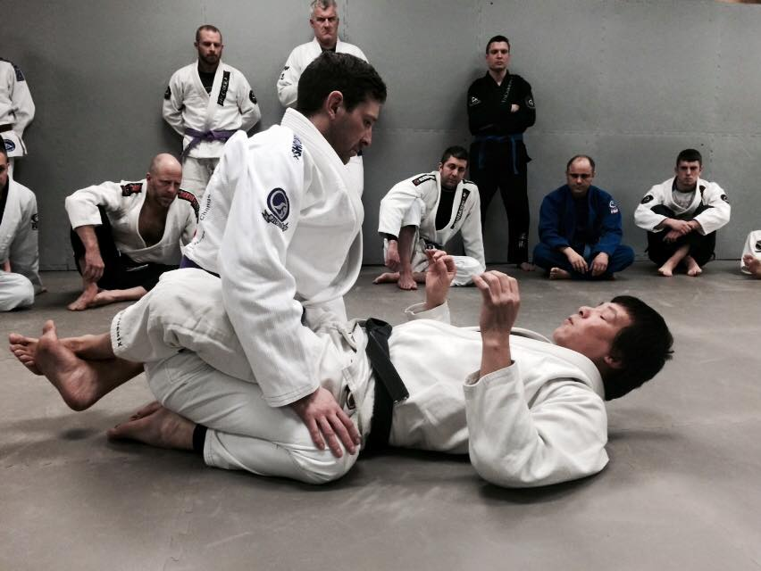BJJ For Non-Flexible People with Rickson Gracie Black Belt Henry Akins