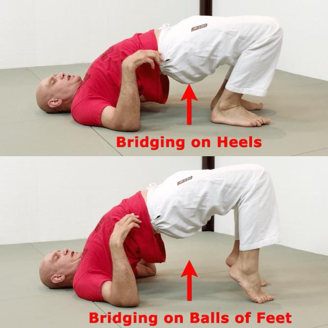 bridging-on-heels-vs-balls-of-feet-1000