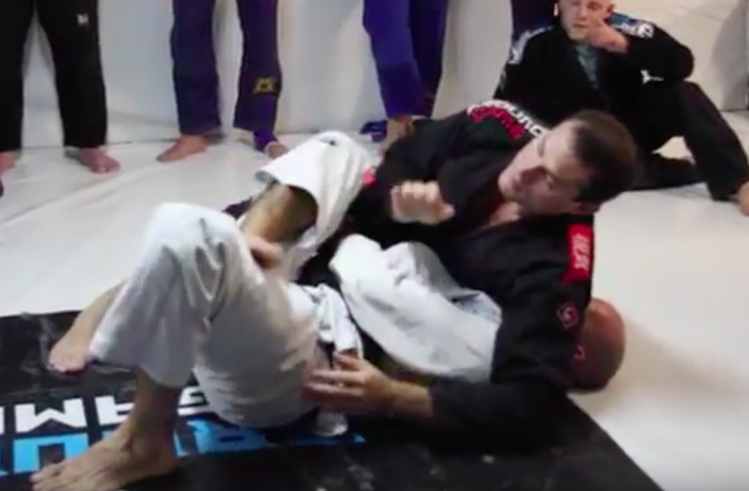 Roger Gracie Shows Simple But Efficient Transition To Mount & Kimura
