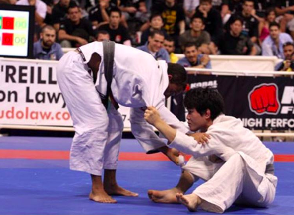Dai Yoshioka vs Samuel Braga, at the Worlds 2007 finals