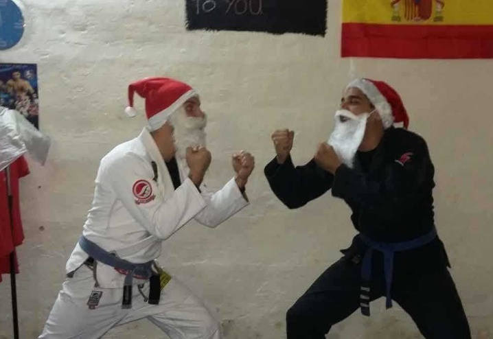 Santa Claus vs Santa Claus BJJ superfight