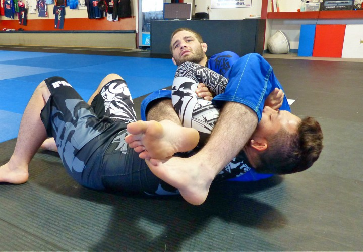 How To Develop Elbow-Snapping Strength & Power in your Armbars