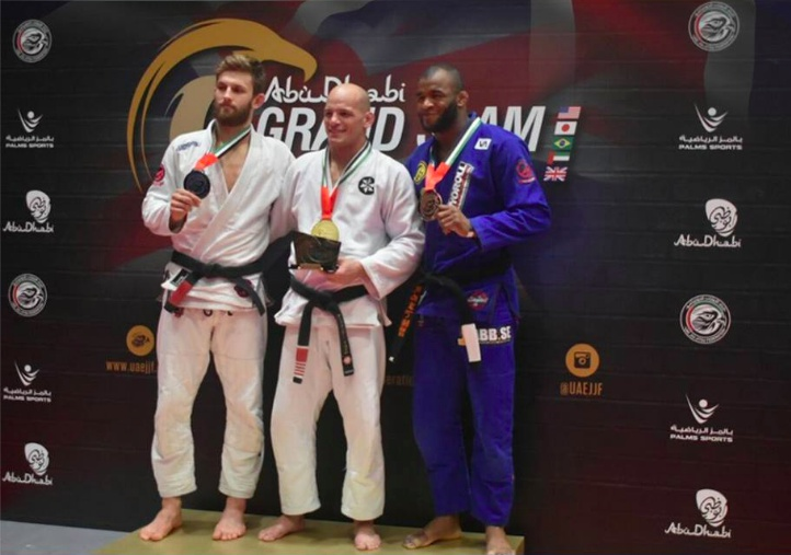 Abu Dhabi Grand Slam Jiu-Jitsu World Tour London: Junior beats Arges to jump ahead in the ranking; Xande, Luiza, Nathiely, Hiago, others crowned; more results