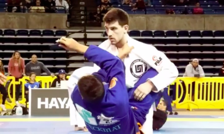 BJJ Competitor Forgets To Remove Phone From Gi!