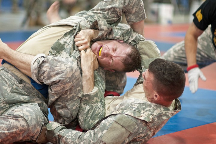 An Inside Look At Grappling In US Army & Their Competitions