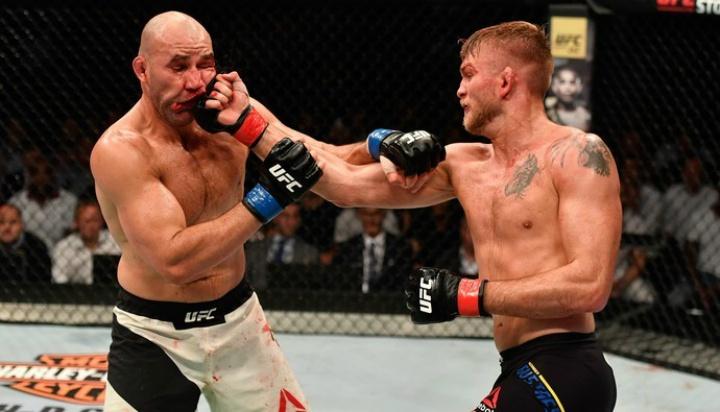 Alexander Gustafsson vs. Glover Teixeira full fight video ...