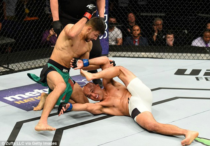 Yair Rodriguez: 'I'm A White Belt. BJJ Belts Don't Matter in MMA'