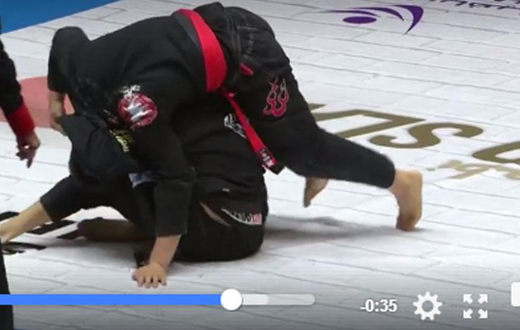 Loop Choke Puts Opponent To Sleep At Abu Dhabi Grand Slam Tokyo