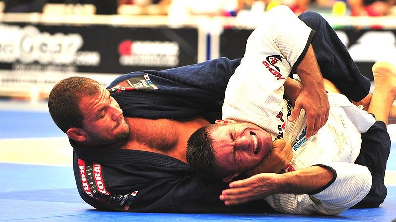 Creative Ways To Use The Gi In BJJ