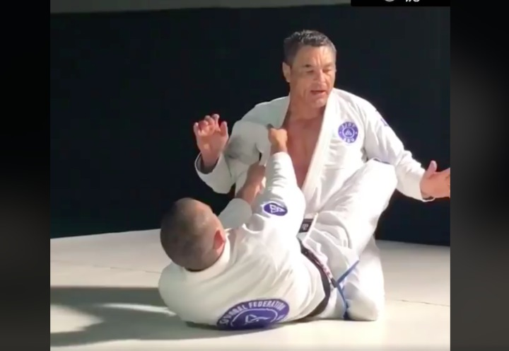 Rickson Gracie On How To Have Unbreakable Posture in the Closed Guard