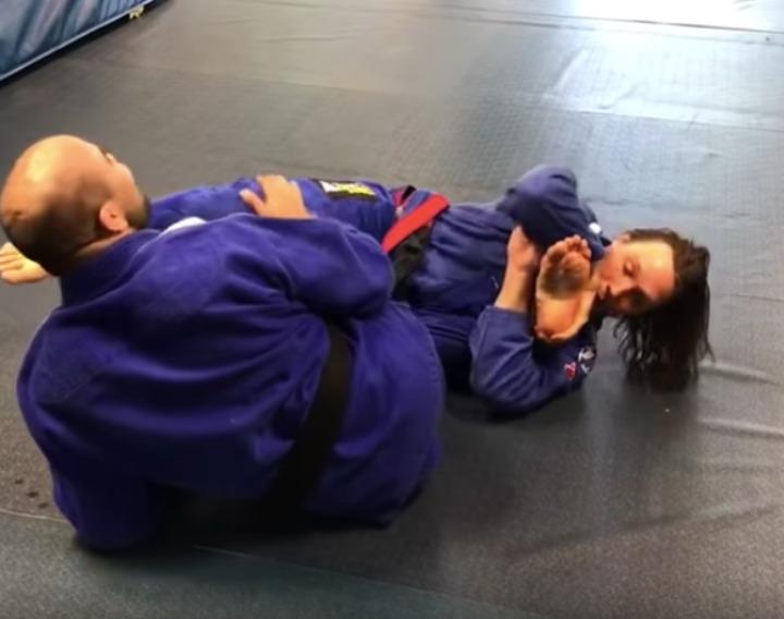 Tremendous Breaking Pressure: Superior Grip Toe Hold