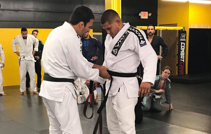 UFC's Anthony Pettis Received Black Belt in Jiu Jitsu
