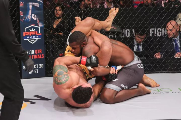 PFL 9: Vinny Magalhaes' Flying Triangle to Kimura is a Work Of Art