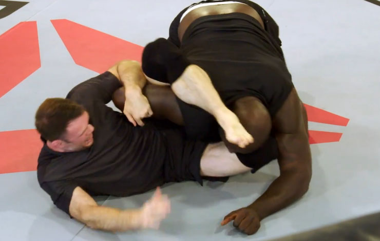 (Video) Shaquille O'Neal Had A Grappling Match With Former UFC Fighter Forrest Griffin