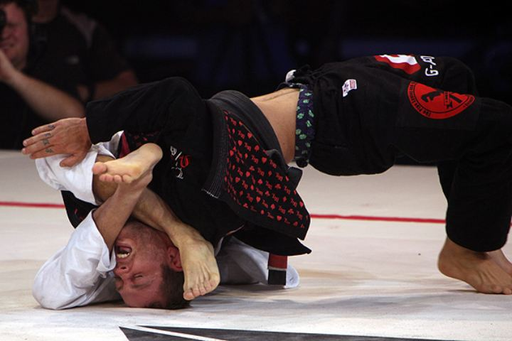 The Key To Improving Your Jiu-Jitsu: Putting Yourself in Bad Positions