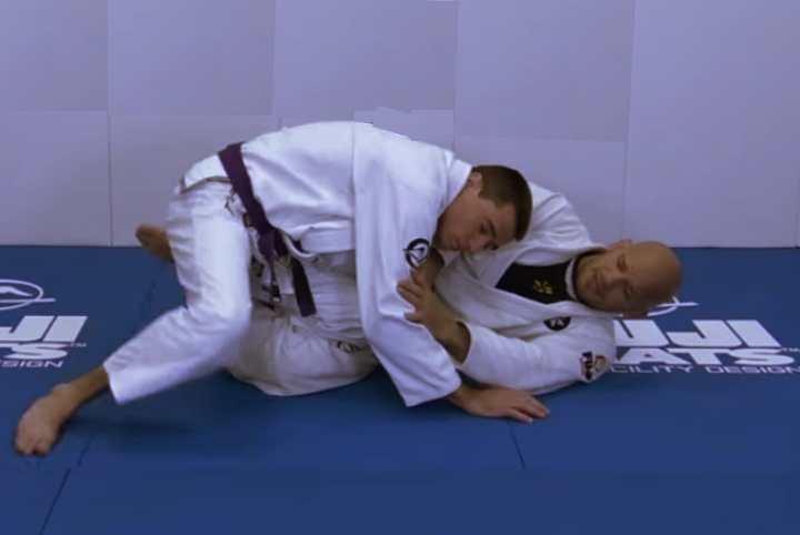 Stopping The Knee Slice Pass Before it Even Starts with Xande Ribeiro