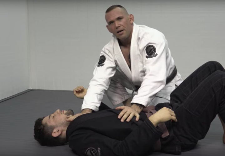 Game Changing Shoulder Pressure Tip from Side Control to Overwhelm Your Opponent
