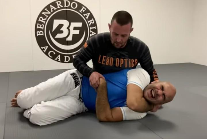 """Ayiiiiiiii, Ooooh"" Bernardo Faria Gets Caught in 37 Wrist Locks by Pete The Greek"