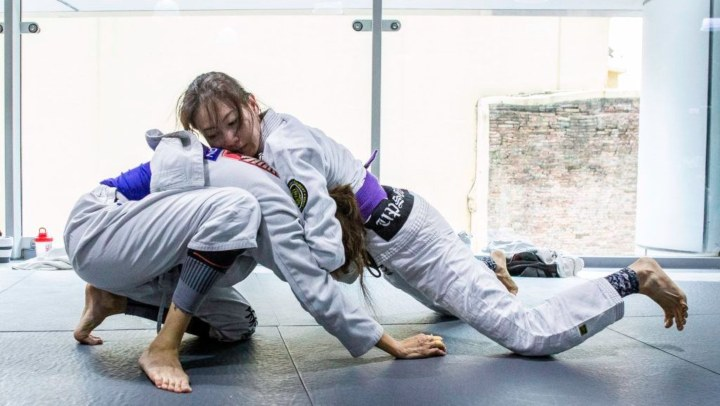 3 Attacks From The Front Headlock In BJJ