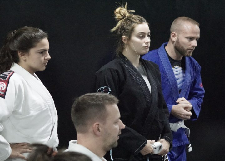 Dating Coach On The Wrong & Right Ways To Ask That New BJJ Girl Out