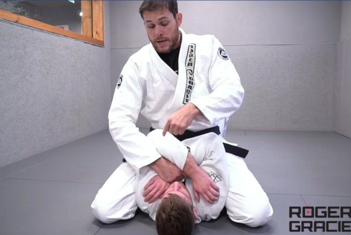 Roger Gracie's Magic Grip Detail That Will Completely Change Your Armbar From Mount