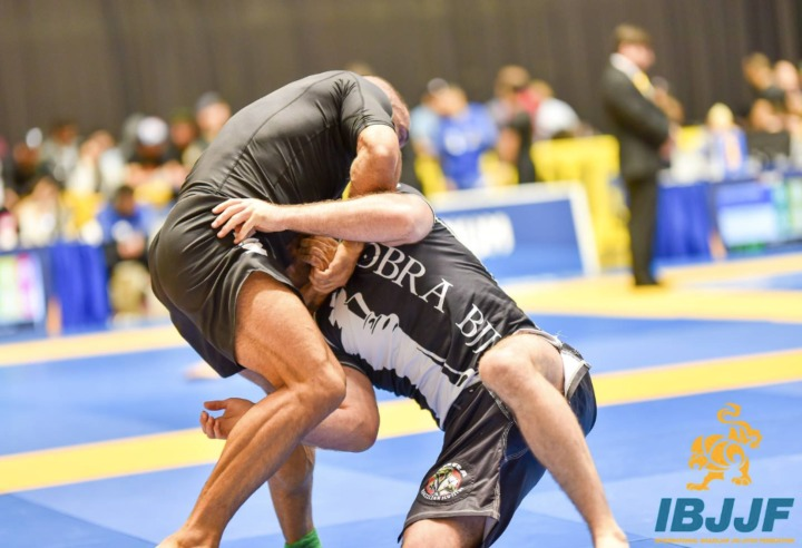 Setting Up The Guillotine Without Losing Position & Compromising Yourself