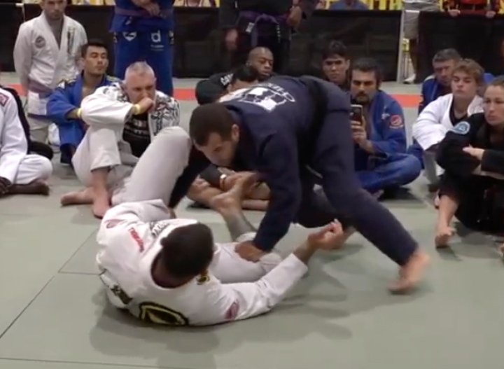Improve Your Game With 90 mins of Leo Vieira's Guard Passing Seminar