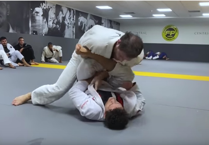 Retired Master 2 Athlete Roger Gracie Rolling With Felipe Pena