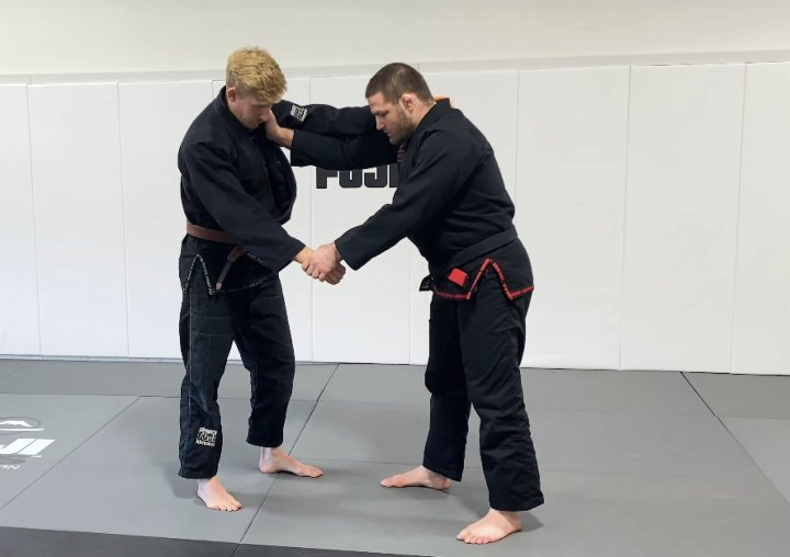These Are The 3 Best Lapel Grip Breaks For BJJ & Judo By Travis Stevens