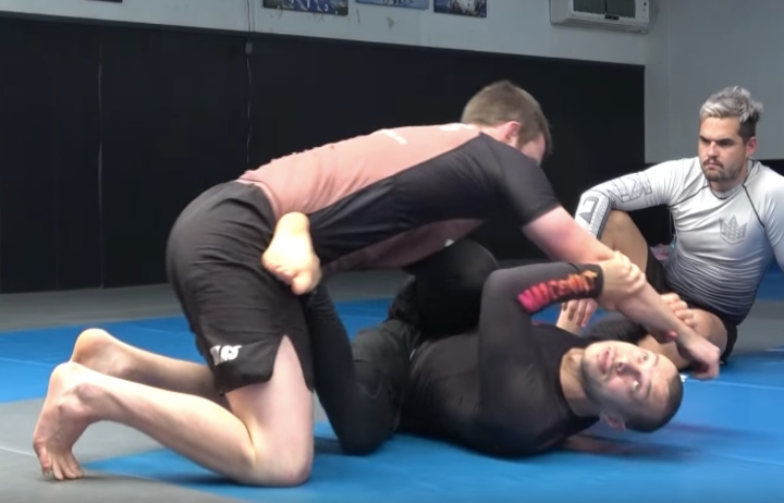 Learn The K Guard – Lachlan Giles's Favorite Guard For Leglocks