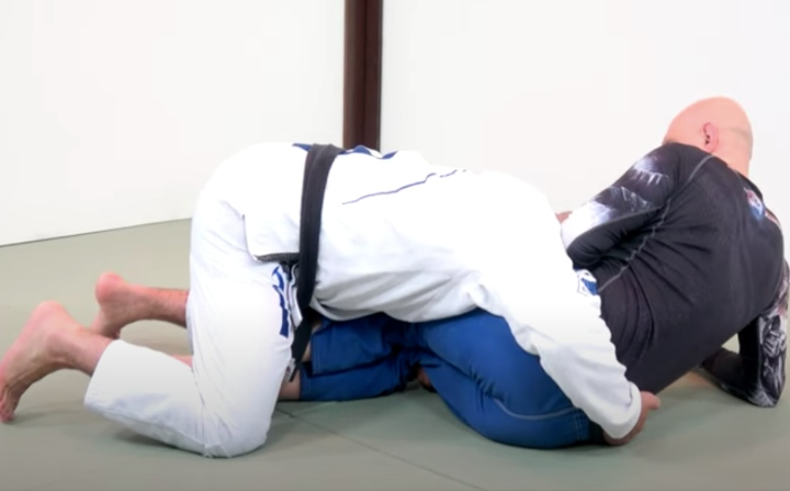 Learn The Folding Pass – The Best Pressure Pass For Gi & No Gi